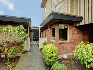 Photo 19: 155 2345 Cedar Hill Cross Rd in : OB Henderson Row/Townhouse for sale (Oak Bay)  : MLS®# 850900