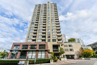 """Main Photo: 504 1 RENAISSANCE Square in New Westminster: Quay Condo for sale in """"THE Q"""" : MLS®# R2501595"""