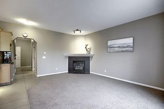 Photo 5: 135 Rockborough Park NW in Calgary: Rocky Ridge Detached for sale : MLS®# A1042290