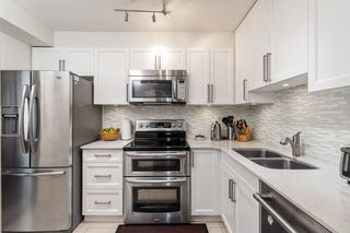 """Photo 2: 103 1280 NICOLA Street in Vancouver: West End VW Condo for sale in """"LINDEN HOUSE"""" (Vancouver West)  : MLS®# R2515238"""