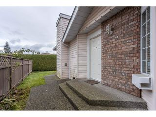 "Photo 4: 22 9168 FLEETWOOD Way in Surrey: Fleetwood Tynehead Townhouse for sale in ""The Fountains"" : MLS®# R2518804"