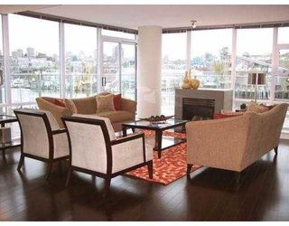 """Photo 4: 501 633 KINGHORNE MEWS BB in Vancouver: False Creek North Condo for sale in """"ICON II"""" (Vancouver West)  : MLS®# V697625"""