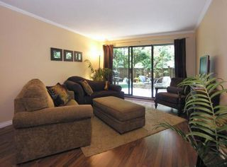 Photo 2: 106-224 N Garden Drive in Vancouver: Hastings Condo for sale (Vancouver East)  : MLS®# V770993