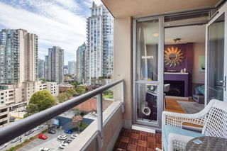 "Photo 9: 1108 822 SEYMOUR Street in Vancouver: Downtown VW Condo for sale in ""L'ARIA"" (Vancouver West)  : MLS®# R2393856"