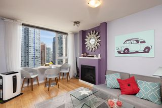 "Photo 14: 1108 822 SEYMOUR Street in Vancouver: Downtown VW Condo for sale in ""L'ARIA"" (Vancouver West)  : MLS®# R2393856"