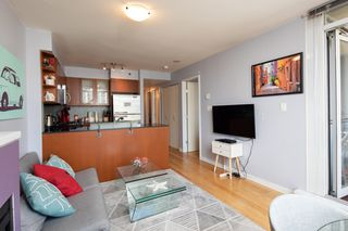 "Photo 16: 1108 822 SEYMOUR Street in Vancouver: Downtown VW Condo for sale in ""L'ARIA"" (Vancouver West)  : MLS®# R2393856"