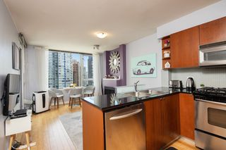 "Photo 19: 1108 822 SEYMOUR Street in Vancouver: Downtown VW Condo for sale in ""L'ARIA"" (Vancouver West)  : MLS®# R2393856"