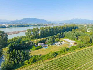Photo 7: 17236 KENNEDY Road in Pitt Meadows: West Meadows House for sale : MLS®# R2395279