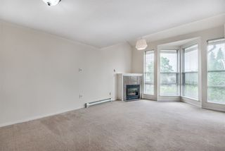 """Photo 6: 303 3128 FLINT Street in Port Coquitlam: Glenwood PQ Condo for sale in """"Fraser Court Terrace"""" : MLS®# R2408224"""