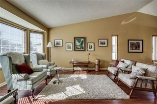Photo 2: 176 HAWKLAND Circle NW in Calgary: Hawkwood Detached for sale : MLS®# C4272177