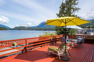 Main Photo: 5591 DELTA Road in Sechelt: Sechelt District House for sale (Sunshine Coast)  : MLS®# R2434888