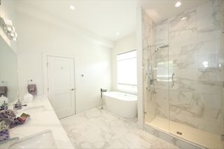 Photo 11: 3345 DESCARTES Place in Squamish: University Highlands House for sale : MLS®# R2463175