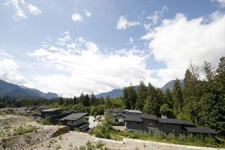 Photo 19: 3345 DESCARTES Place in Squamish: University Highlands House for sale : MLS®# R2463175