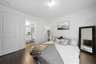 Photo 4: 150 15230 GUILDFORD Drive in Surrey: Guildford Townhouse for sale (North Surrey)  : MLS®# R2493673