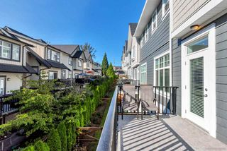 """Photo 13: 21 19938 70 Avenue in Langley: Willoughby Heights Townhouse for sale in """"Crest"""" : MLS®# R2497011"""