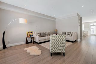 """Photo 6: 21 19938 70 Avenue in Langley: Willoughby Heights Townhouse for sale in """"Crest"""" : MLS®# R2497011"""