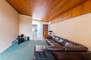 Photo 3: 4897 4 AVENUE in Delta: Pebble Hill House for sale (Tsawwassen)  : MLS®# R2505246