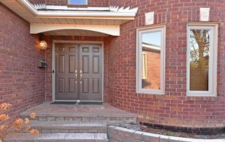 Photo 4: 17 Turriff Crescent in Ajax: Central West House (2-Storey) for lease : MLS®# E5069183