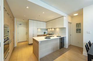 """Photo 4: 2605 1188 PINETREE Way in Coquitlam: North Coquitlam Condo for sale in """"M3"""" : MLS®# R2527415"""