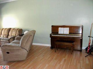 Photo 7: # 175 18701 66TH AV in Surrey: Condo for sale : MLS®# F1004933