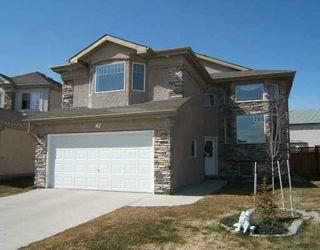 Photo 1: 87 BRIAN MONKMAN Bay in WINNIPEG: Windsor Park / Southdale / Island Lakes Single Family Detached for sale (South East Winnipeg)  : MLS®# 2706390