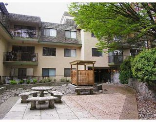"Photo 9: 104 466 E 8TH Avenue in New_Westminster: Sapperton Condo for sale in ""Park Villa"" (New Westminster)  : MLS®# V649282"