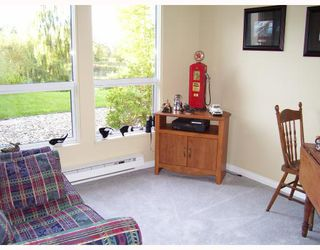 "Photo 5: 221 4955 RIVER Road in Ladner: Neilsen Grove Condo for sale in ""SHOREWALK"" : MLS®# V670299"