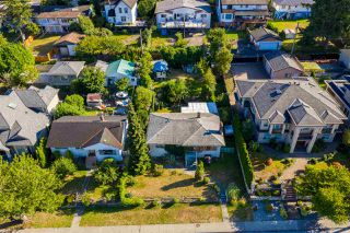 Main Photo: 4792 BOND Street in Burnaby: Forest Glen BS House for sale (Burnaby South)  : MLS®# R2397539