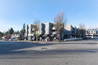Main Photo: 206 3151 WOODBINE Drive in North Vancouver: Edgemont Condo for sale : MLS®# R2423805