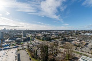 """Photo 13: 1508 4132 HALIFAX Street in Burnaby: Brentwood Park Condo for sale in """"MARQUIS GRANDE"""" (Burnaby North)  : MLS®# R2433205"""