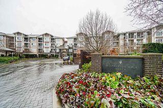 Photo 2: 105 5788 SIDLEY Street in Burnaby: Metrotown Condo for sale (Burnaby South)  : MLS®# R2435097