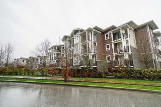 Photo 3: 105 5788 SIDLEY Street in Burnaby: Metrotown Condo for sale (Burnaby South)  : MLS®# R2435097