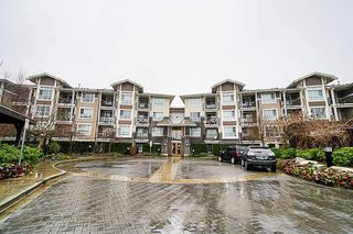 Photo 1: 105 5788 SIDLEY Street in Burnaby: Metrotown Condo for sale (Burnaby South)  : MLS®# R2435097