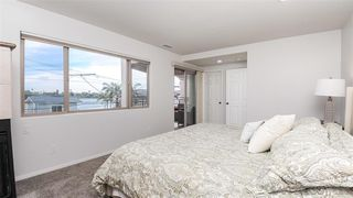 Photo 10: MISSION BEACH House for sale : 3 bedrooms : 820 Kennebeck Ct in San Diego