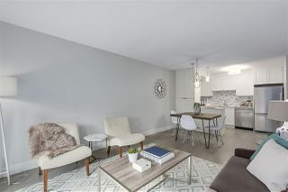 """Photo 5: 405 2215 DUNDAS Street in Vancouver: Hastings Condo for sale in """"HARBOUR REACH"""" (Vancouver East)  : MLS®# R2453344"""