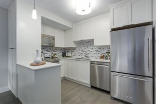 """Photo 9: 405 2215 DUNDAS Street in Vancouver: Hastings Condo for sale in """"HARBOUR REACH"""" (Vancouver East)  : MLS®# R2453344"""
