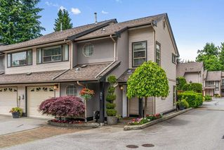 "Photo 1: 21 20841 DEWDNEY TRUNK Road in Maple Ridge: Northwest Maple Ridge Townhouse for sale in ""Kitchler Station"" : MLS®# R2462888"