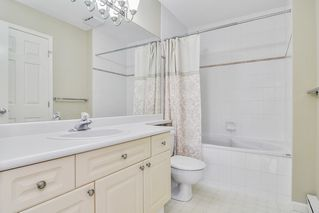 "Photo 13: 310 22025 48 Avenue in Langley: Murrayville Condo for sale in ""AUTUMN RIDGE"" : MLS®# R2465094"