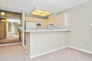 "Photo 7: 310 22025 48 Avenue in Langley: Murrayville Condo for sale in ""AUTUMN RIDGE"" : MLS®# R2465094"