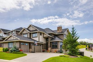 Main Photo: 1 CRESTRIDGE Rise SW in Calgary: Crestmont Detached for sale : MLS®# A1009980
