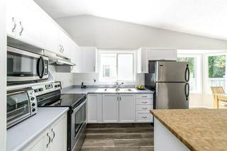 Photo 11: 26 Oakview Crescent: St. Albert House for sale : MLS®# E4208155