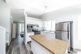 Photo 9: 26 Oakview Crescent: St. Albert House for sale : MLS®# E4208155