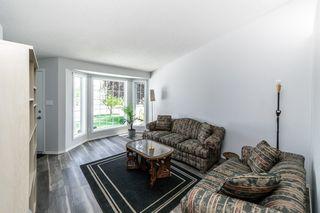 Photo 3: 26 Oakview Crescent: St. Albert House for sale : MLS®# E4208155
