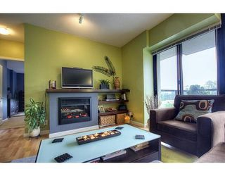 "Photo 4: # 702 - 11 E Royal Avenue in New Westminster: Fraser Heights Condo for sale in ""Victoria Hill"" : MLS®# V837877"