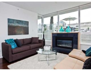 Photo 2: # 307 1675 W 8TH AV in Vancouver: Condo for sale : MLS®# V847637