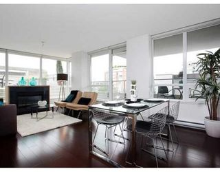 Photo 6: # 307 1675 W 8TH AV in Vancouver: Condo for sale : MLS®# V847637