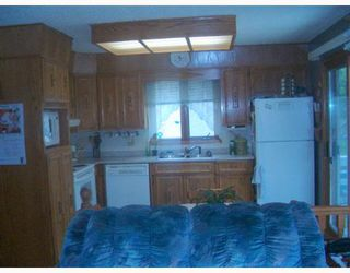 Photo 5: 392 BONNER Avenue in WINNIPEG: North Kildonan Single Family Detached for sale (North East Winnipeg)  : MLS®# 2710330