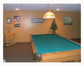 Photo 9: 95 DELBROOK Crescent in WINNIPEG: North Kildonan Residential for sale (North East Winnipeg)  : MLS®# 2808908
