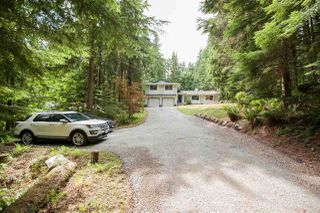 Main Photo: 12115 ROTHSAY Street in Maple Ridge: Whonnock House for sale : MLS®# R2390344