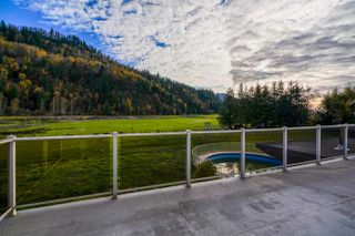 Photo 12: 48696 MCGUIRE Road in Chilliwack: East Chilliwack House for sale : MLS®# R2415742